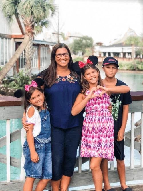 Ana Willis and Kids